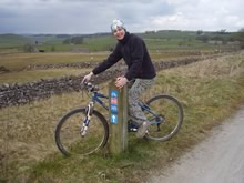 Mountain biker following the Pennine Bridleway.